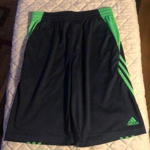 Boys XXL (18) Adidas short